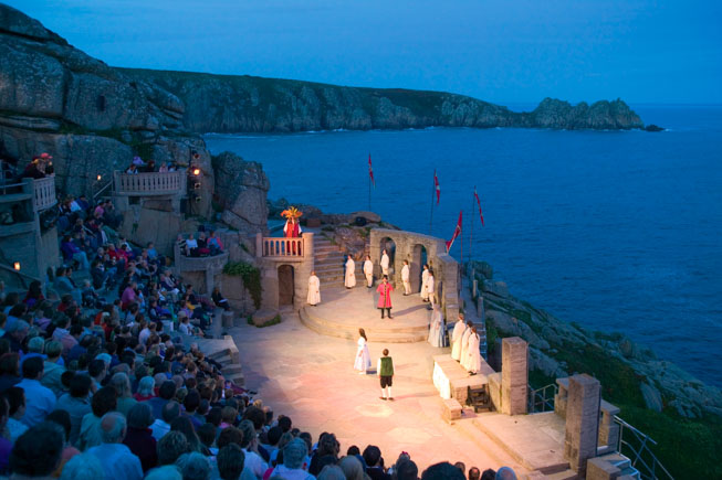 Minack-Beauty-and-the-Beast1