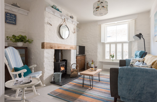 Properties-With-Woodburners-On-The-Rocks